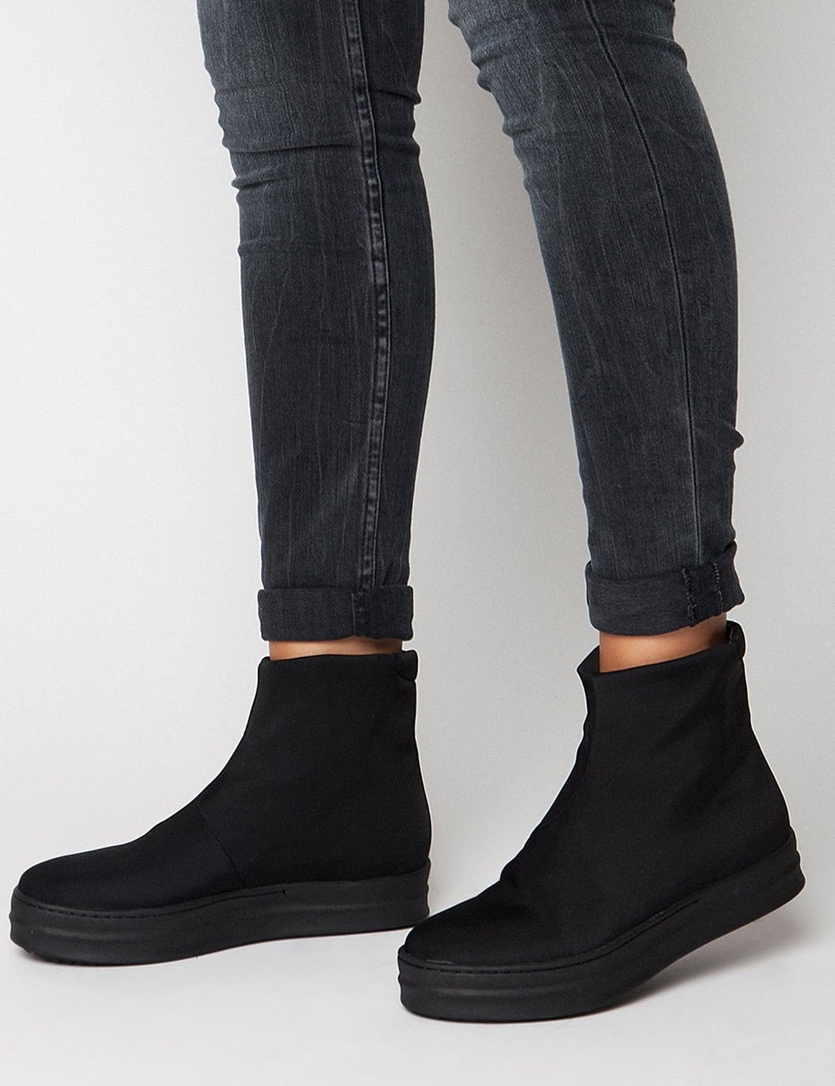 Lara Black mrs fred   sneakers