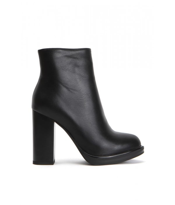 Prato Black Leather