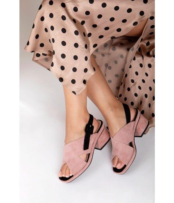 Azzaro Pink