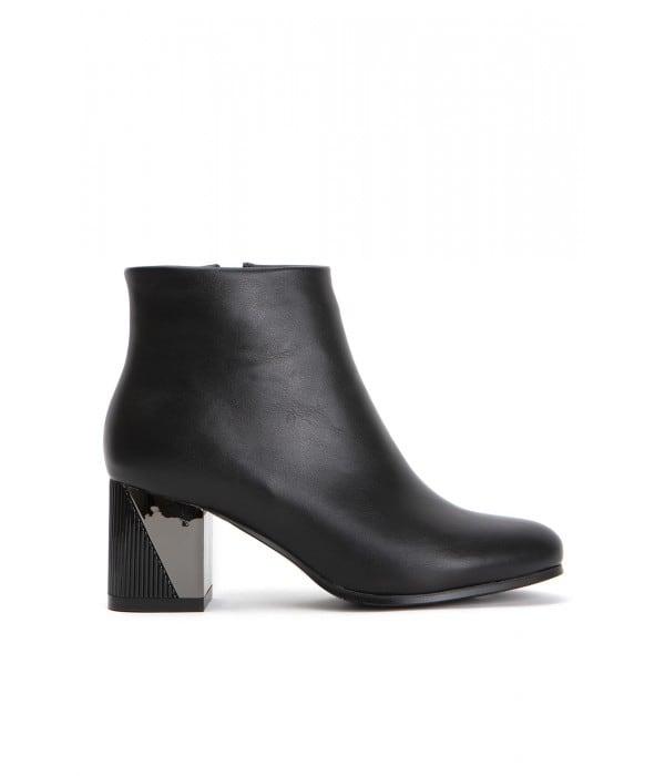 Amalfi Black Leather