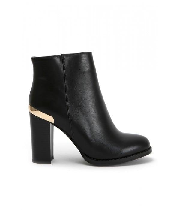 Chelsea Black Leather
