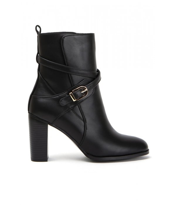 Tavleton Black Leather