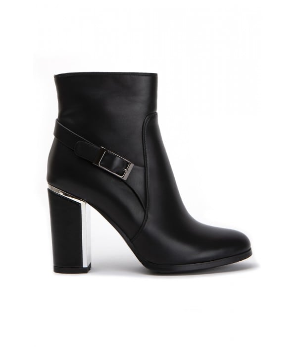 Liss Black Leather