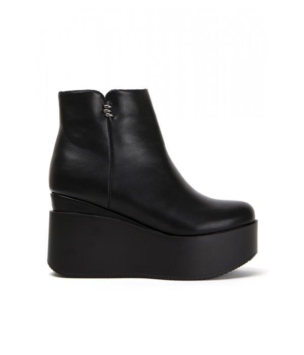Oron Black Leather