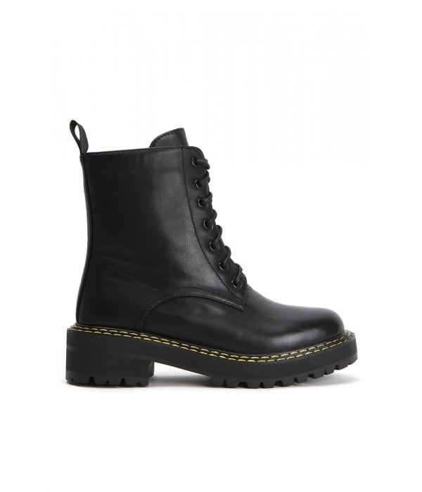 Timber Black Leather