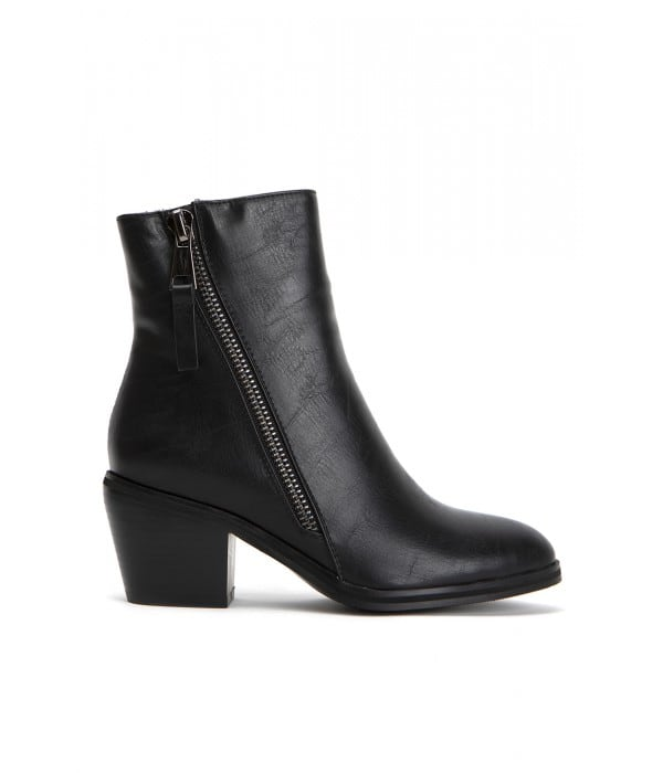 Dharkan Black Leather