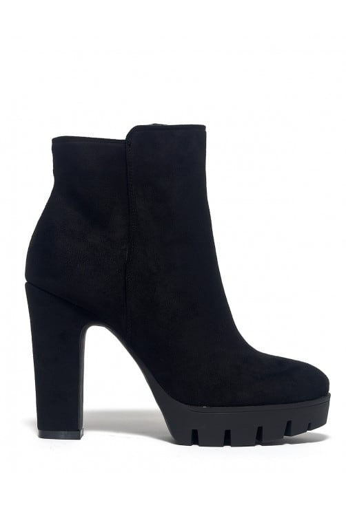 Ariaone Black Suede
