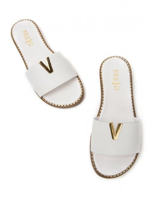 Valeron White L