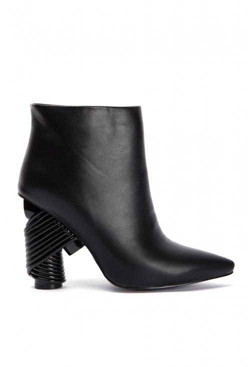 Lark Black Leather
