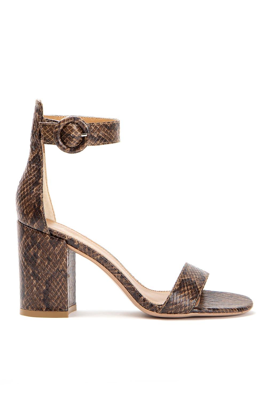 dcfcb93c6bf Γυναικεία Πέδιλα Ψηλά - Roe Shoes Collection