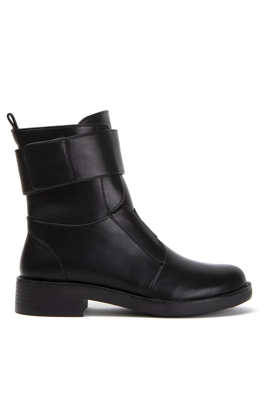 Lipova Black Leather