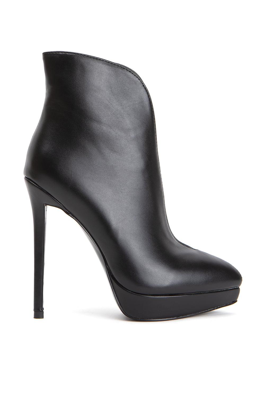 Tresor Black Leather