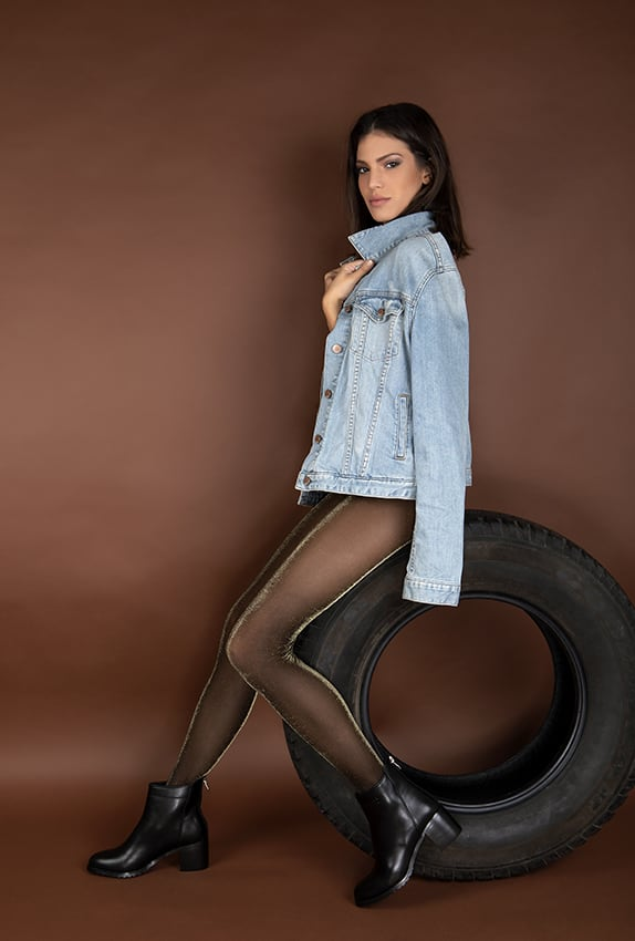 Melds Black Leather